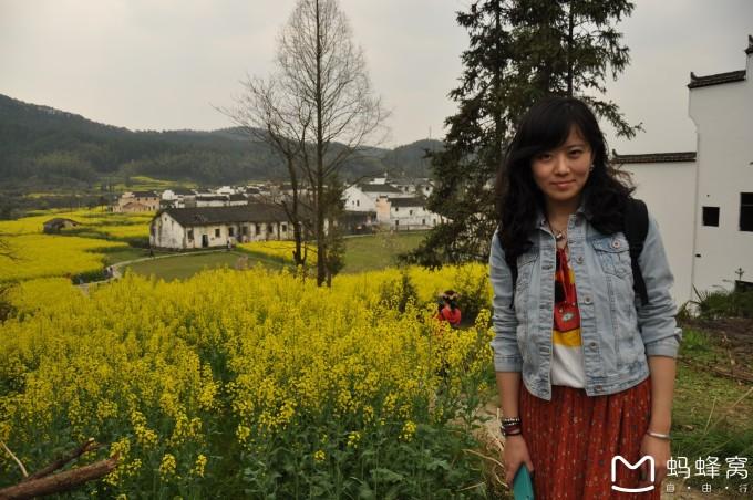江西省上饶市婺源县----油菜花田,烟雨人家