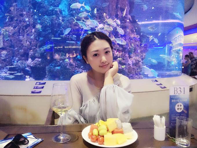 路线:集美-厦门梵尔纳海底餐厅美人鱼-曾厝垵  因为好几天没有睡好