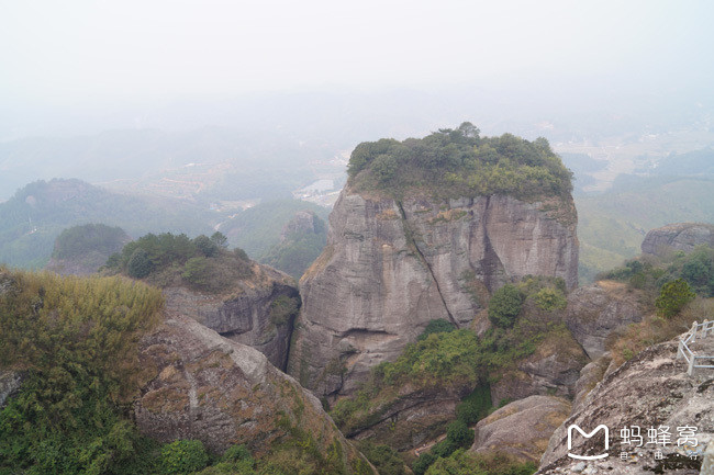 霍山风景区位于龙川县中部的田心镇